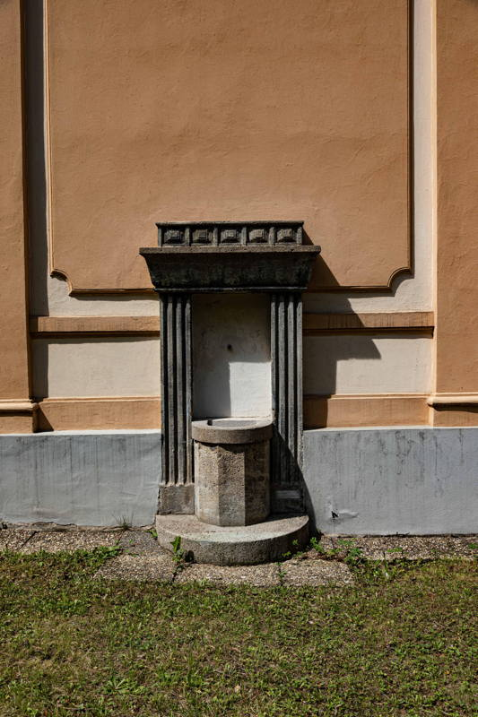 hand washing fountain