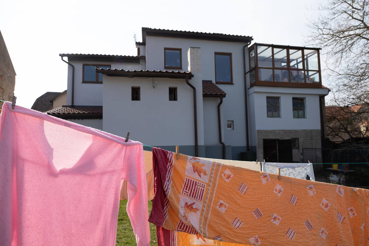deputy mayor's house in the ghetto